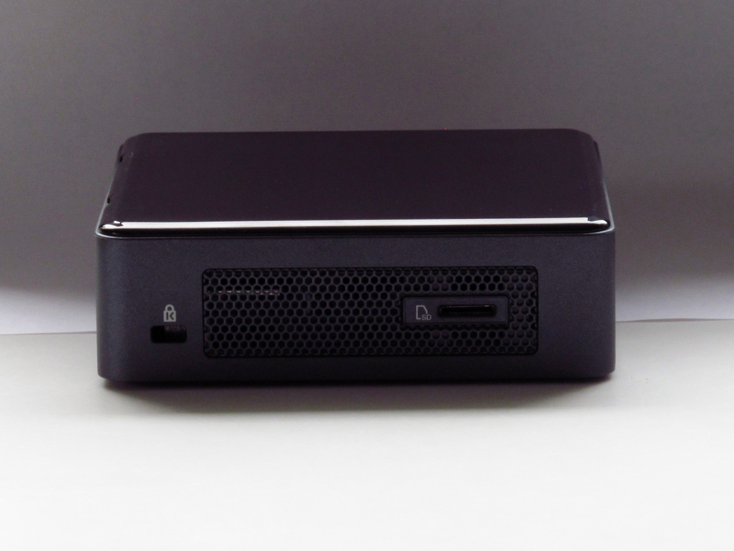 Coffee Lake i5 NUC Review (NUC8i5BEK / NUC8i5BEH) – The NUC Blog